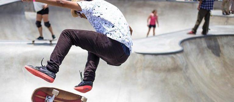 Best-Headphones for Skateboarding